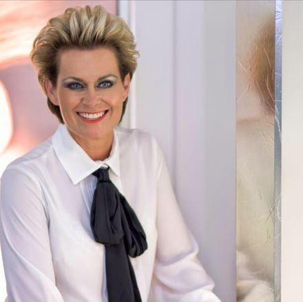 Afbeelding voor categorie 20 jaar Martine Hair + Beautysalon